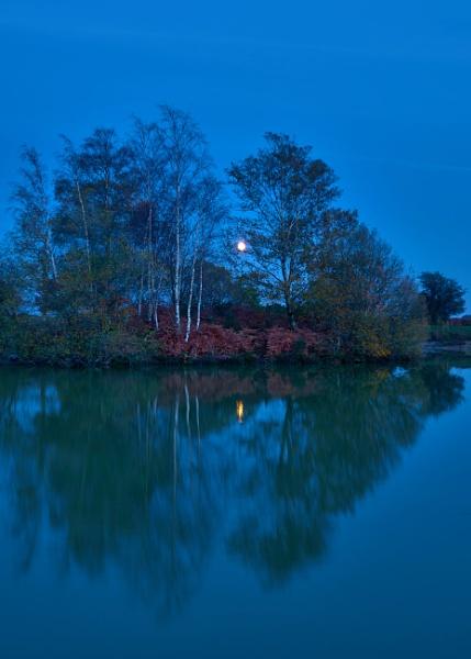 Moonrise by JJGEE