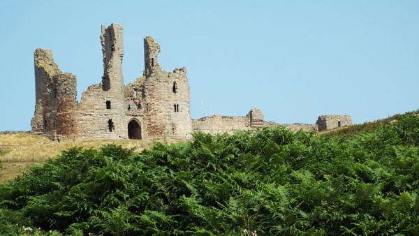 Dunstanburgh Castle by Alan26