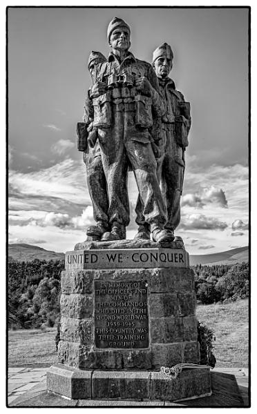 Commandos memorial by Briwooly