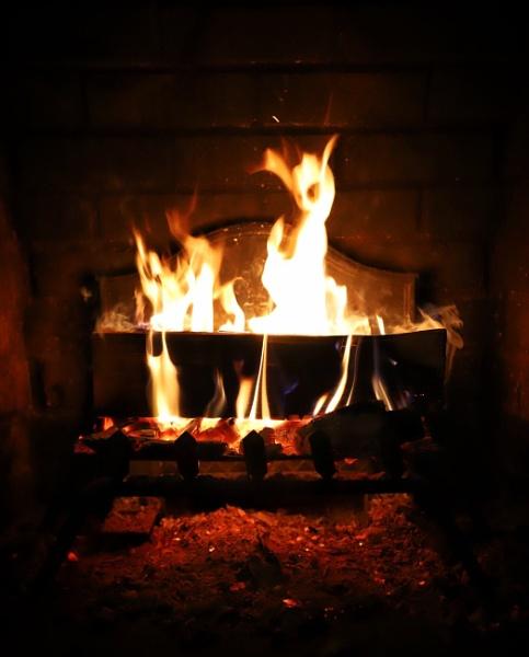 Burning by Merlin_k