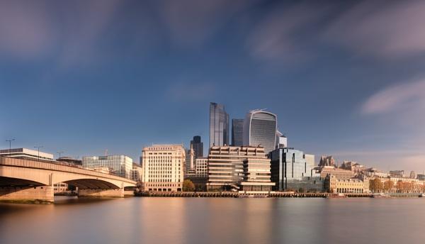 London Bridge pano by iNKFIEND