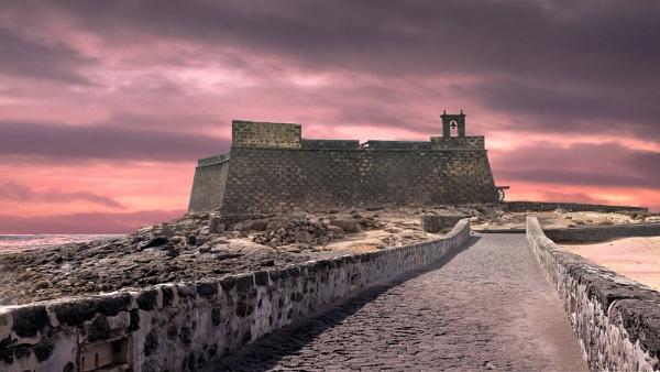 Castillo de San Gabriel by SamCampbell