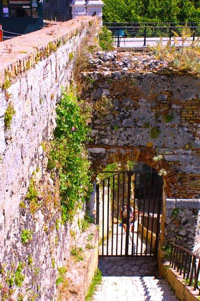 Old Fort by ddolfelin