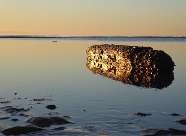 Morning sun on the beach by netta1234