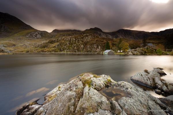 Llyn Ogwen boat house by PMWilliams