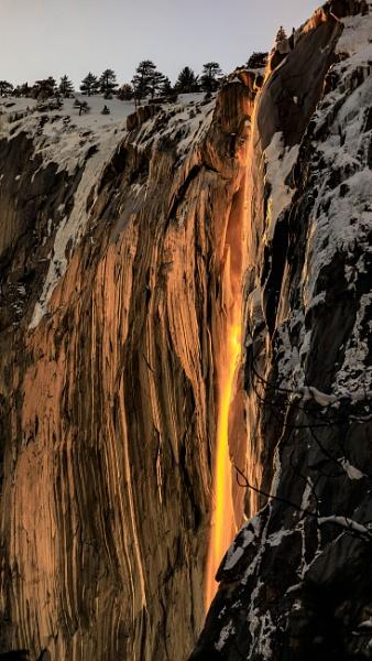 Horsetail Falls (Yosemite Firefall) by SalmanLV