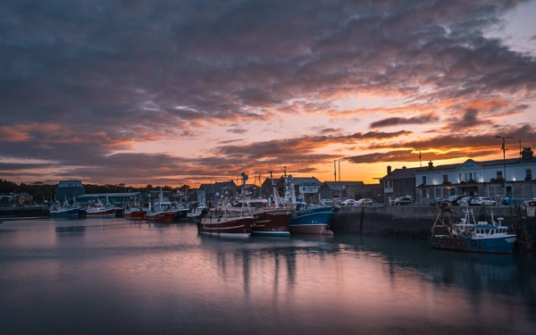Howth Harbour by chowe328