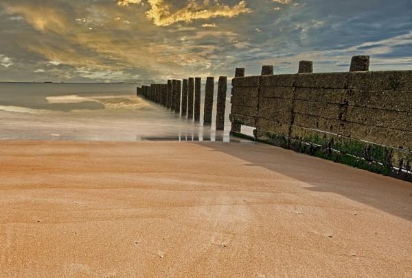 Blyth Beach by mmart