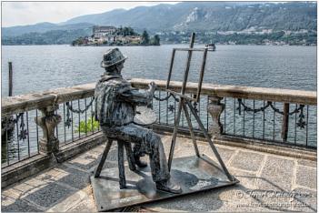 Statue of Carl-Heinz Schroth