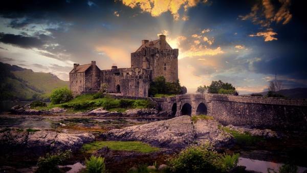 Eilean Donan Castle by Robert51
