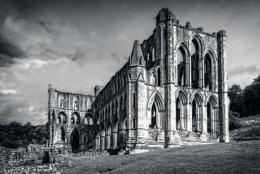 Rievaulx Abbey in Mono