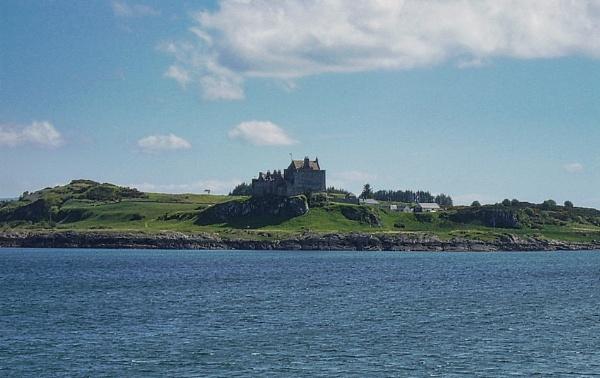 Duart Castle 2 by silverscot
