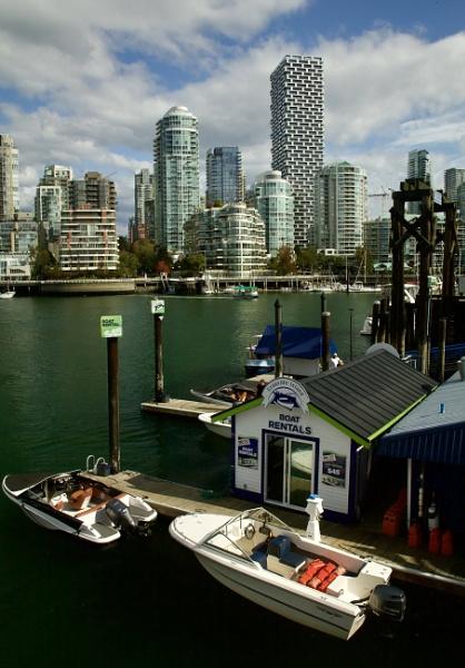 Boat Rentals by TribuneXL