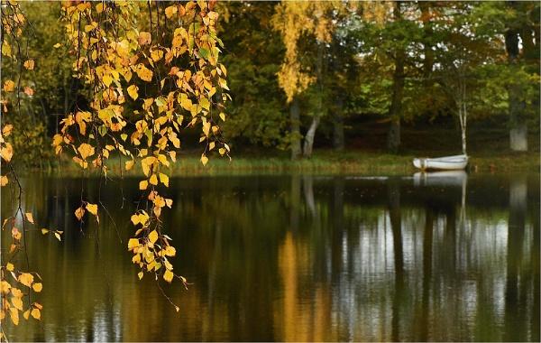 Across the Loch by MalcolmM