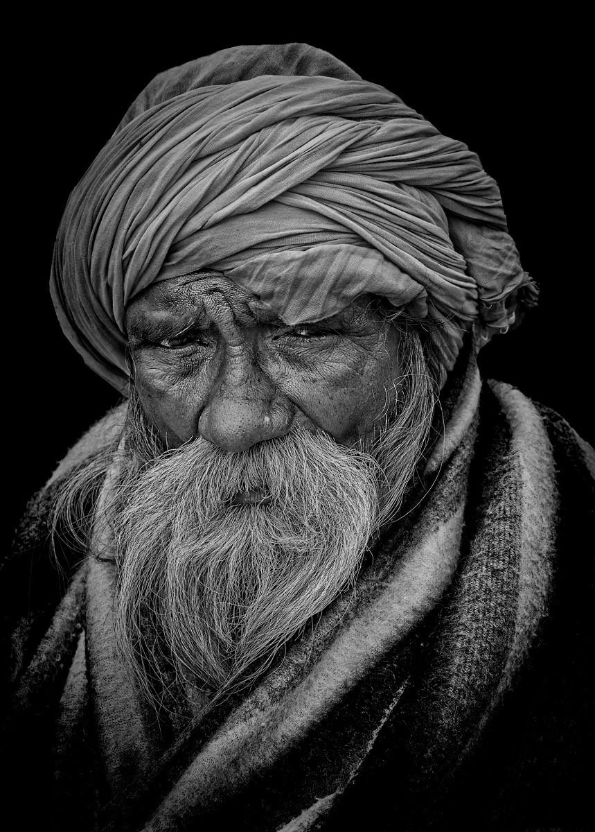 old pilgrim in Haridwar