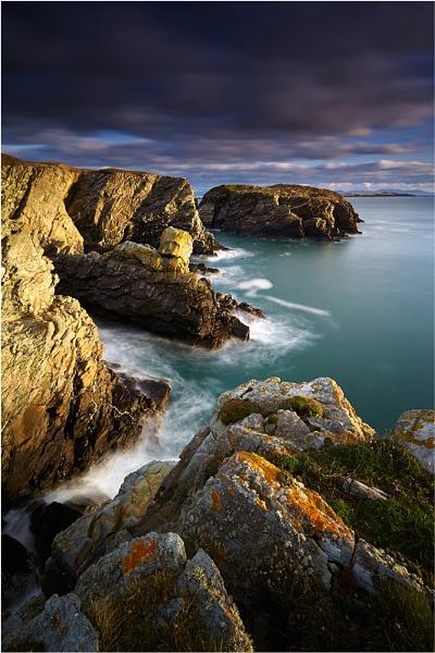 Anglesey Coastline by jeanie