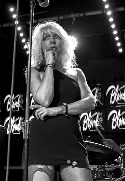 Bootleg Blondie by CharlieW7