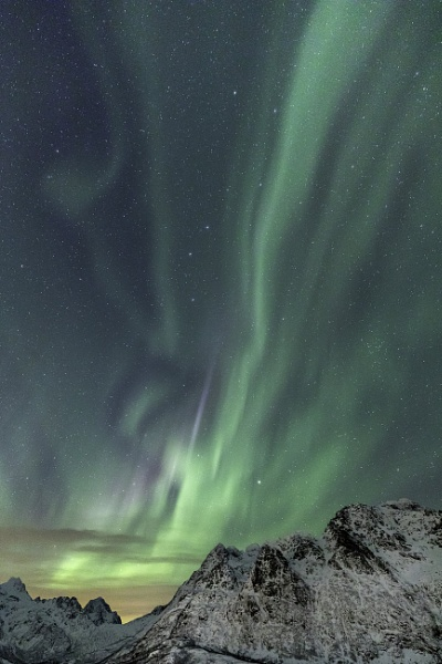 Magical Northern Lights by trusth