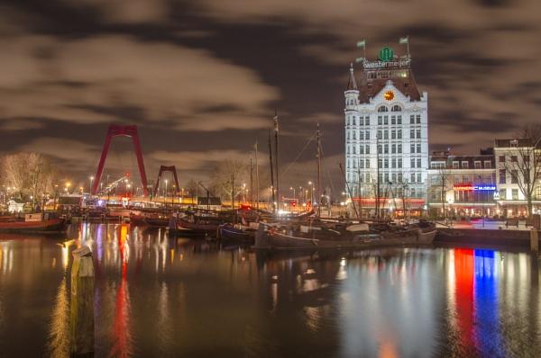 Rotterdam by joop_