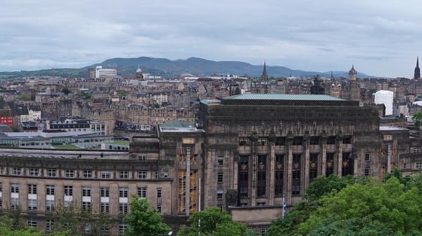 Edinburgh by AncientGem