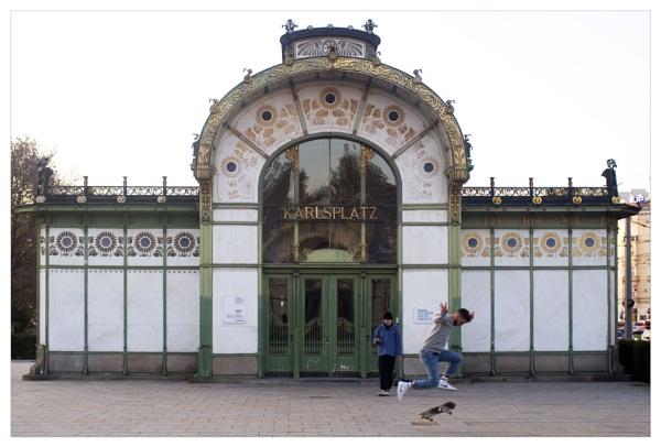 Stadtbahnstation Karlsplatz (1899) by bliba
