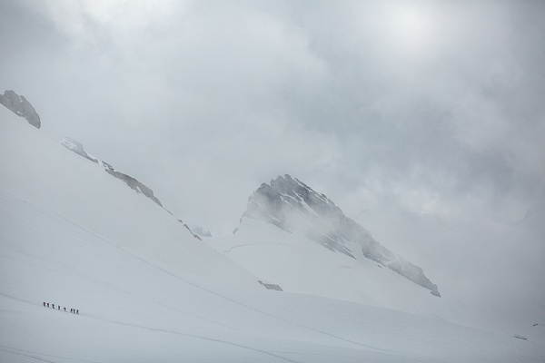 Climbers on the Breithorn. by rontear