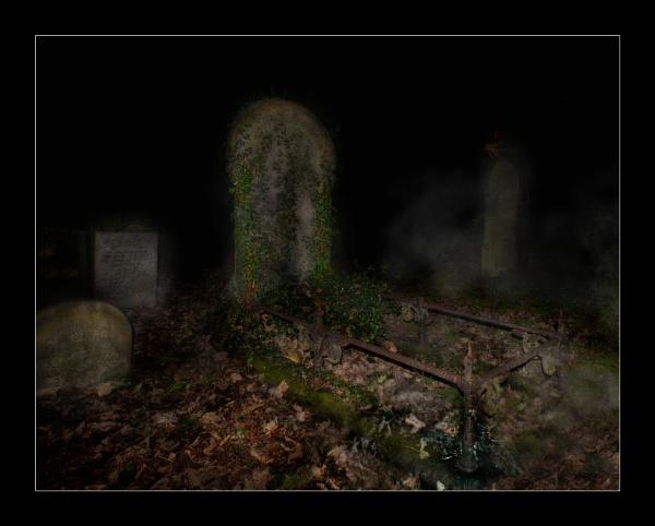 Spooky! by bluesandtwos