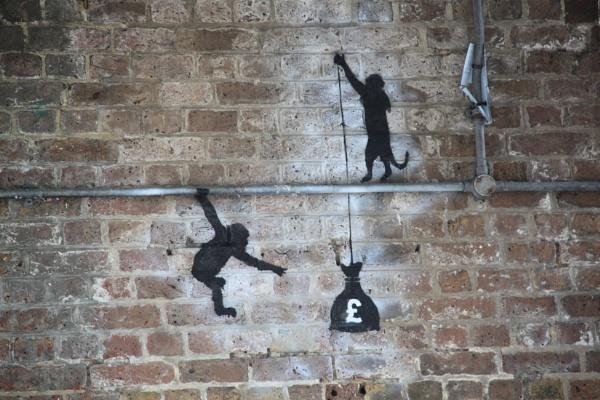 Wall displays !! by Chinga