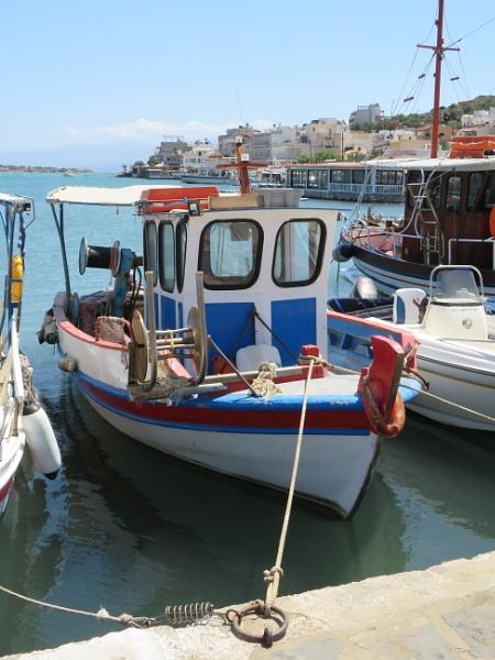 Fishing Boat by ddolfelin