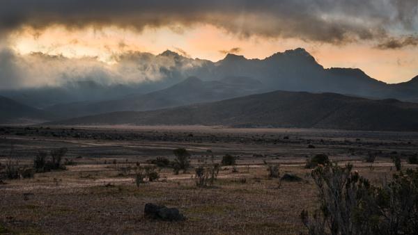 Stormy Ruminahui sunset by macxymum