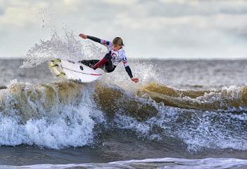 Cutting Edge Surfer.