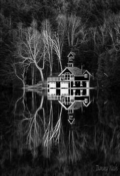 B&W Lake House