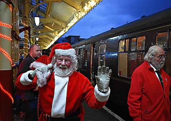 Reindeer  no   train  dear by oldham