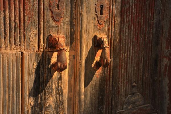 Urban knockers !! by Chinga