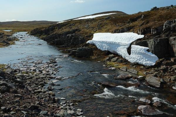Mid summer in Finnmark by mikekay