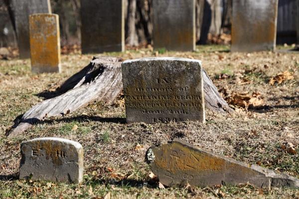 Buried by Merlin_k