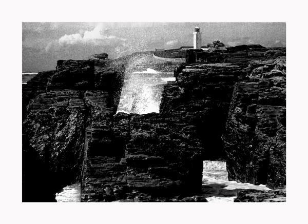 Cornish Rocks 2 by Lontano