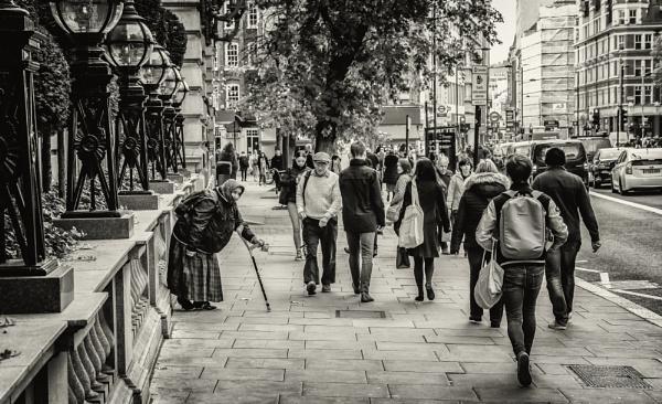 streets of London by mogobiker