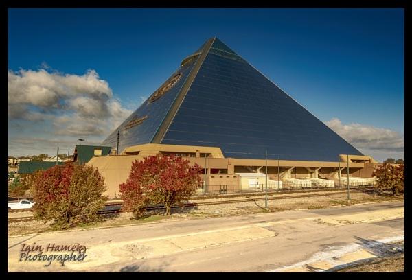 Pyramid Memphis - Tennessee by IainHamer