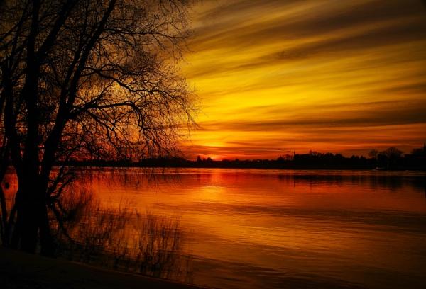 Sundown at River Rhine by icipix