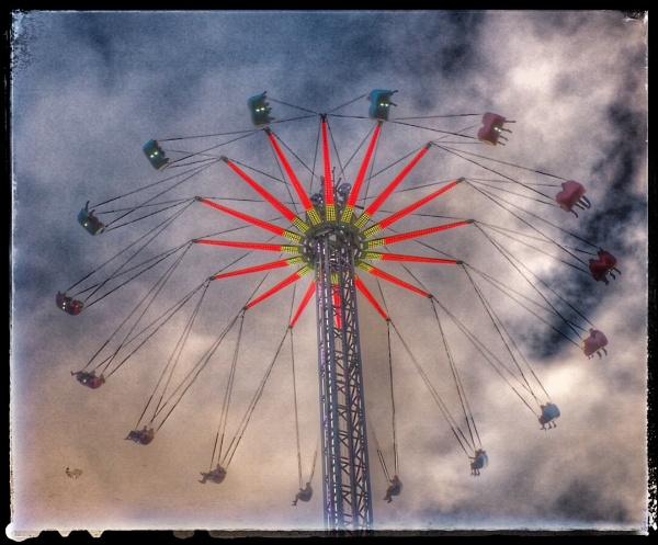Flying High Above Edinburgh by GlynnisFrith