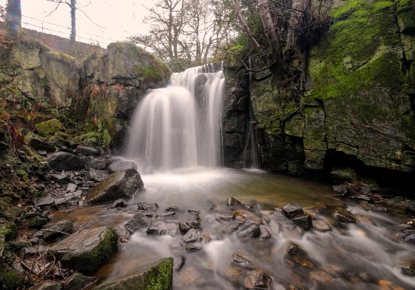 Lumsdale falls by shaver