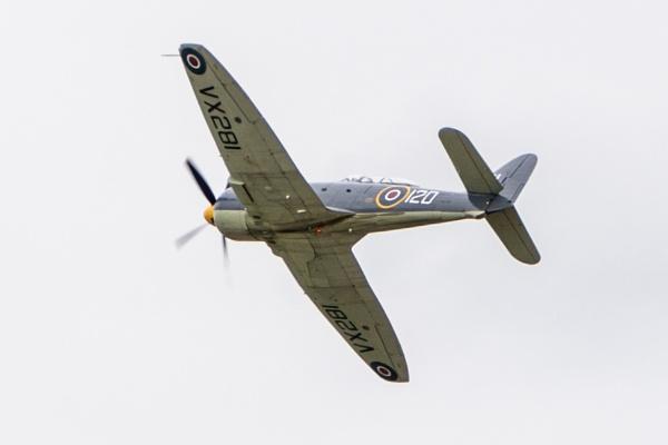 Hawker Sea Fury T20 VX281 by AdeDavis