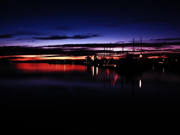 Balatonfüredről éjszaka by wacrizphoto