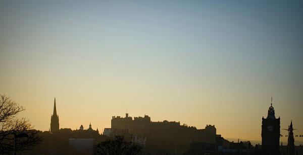 Edinburgh Skyline by AllistairK