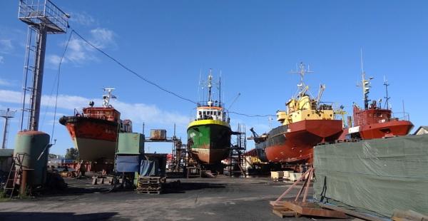 Dry-dock by SauliusR