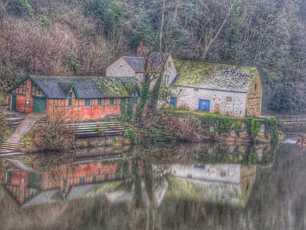Old Mill by GlynnisFrith