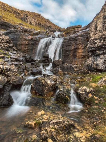 Waterfall above Eglwyseg near Llangollen by Brenty