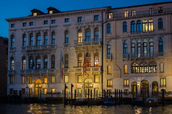 One night in Venice by jasonrwl