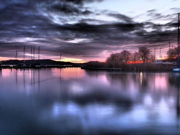 Dráma a Balaton tónál by wacrizphoto